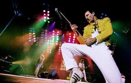 God Save The Queen faz show em homenagem aos 25 anos da morte de Freddie Mercury