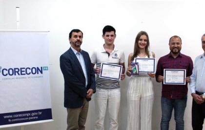 Alunos do interior são premiados no Concurso de Redação do CORECONPR