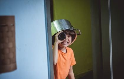 Psicopedagoga dá dicas de como entreter as crianças durante o isolamento social